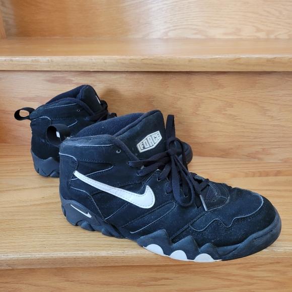 Vintage Nikes size 9.5
